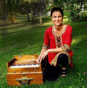 Kathleen Karlsen Harmonium